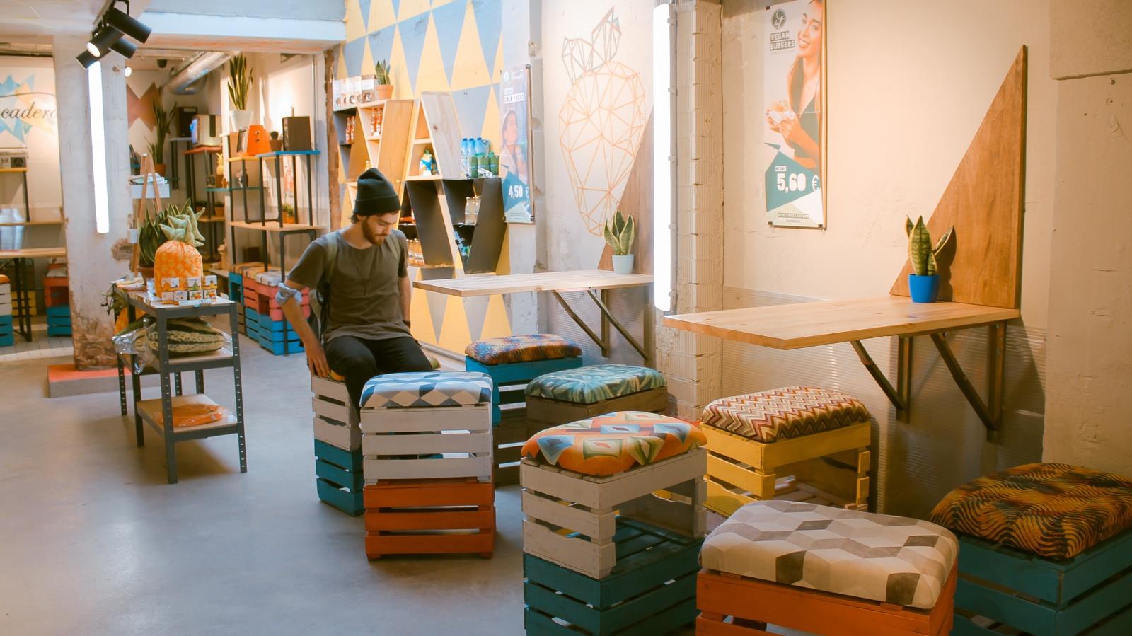 Arredamento Con Materiale Riciclato : Materiali per locali: le mille e una storia